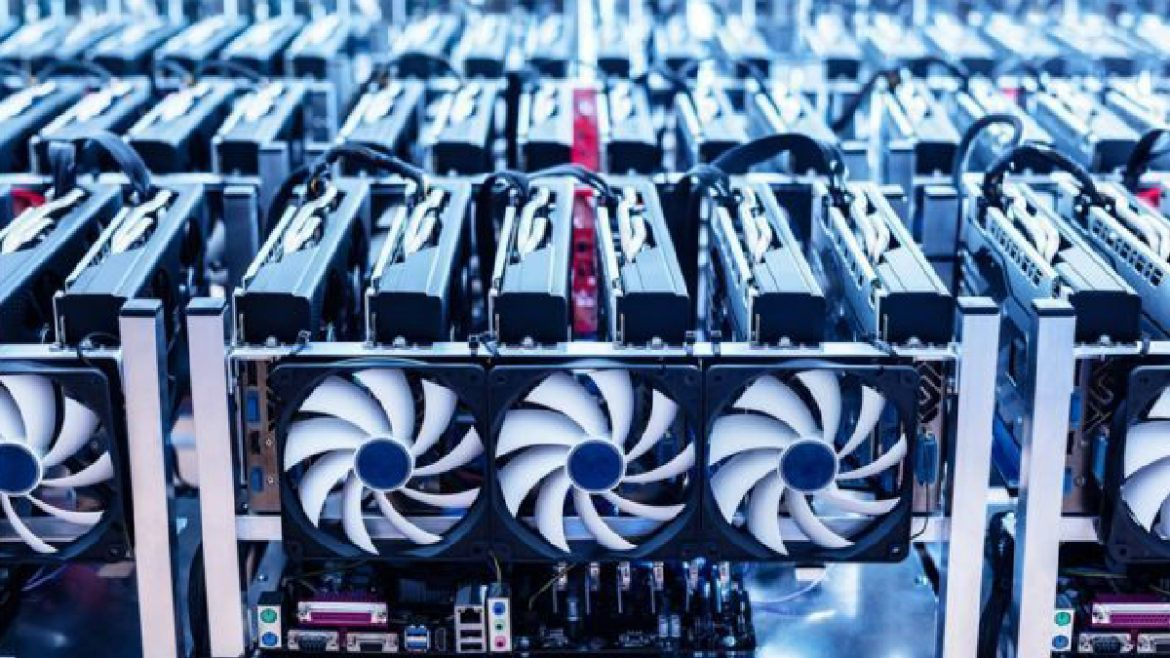, Bitcoin Mining Revenue Continues To Hike Despite Concerns