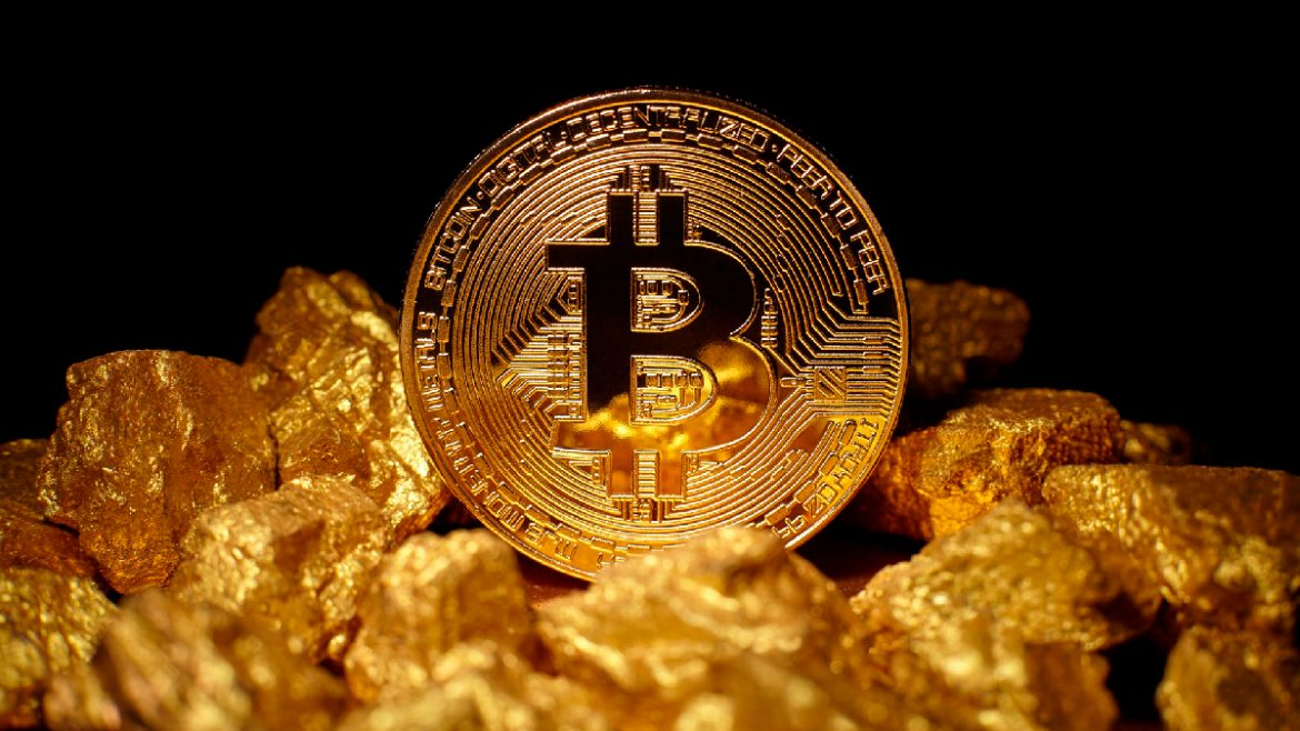 , Preparing for a Recession: Bitcoin or Gold?